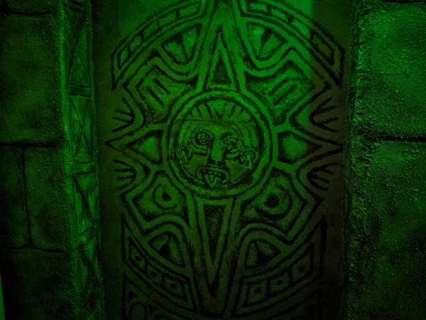 Decor-la-legende-du-guerrier-maya-5